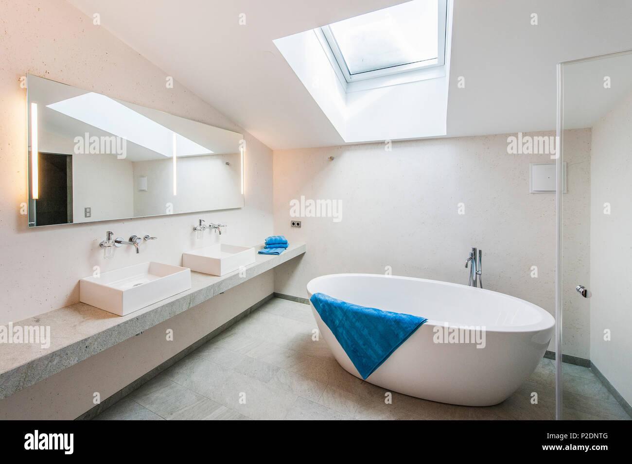 Bathroom in a penthouse in a modern alpine style, Kitzbuehel, Tyrol, Austria, Europe - Stock Image