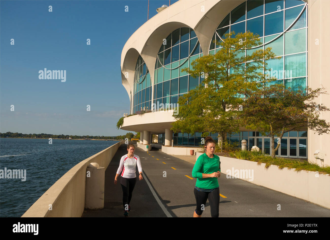 Monona Terrace Goes For Roller Coaster >> Madison Wi Park Stock Photos Madison Wi Park Stock Images Alamy
