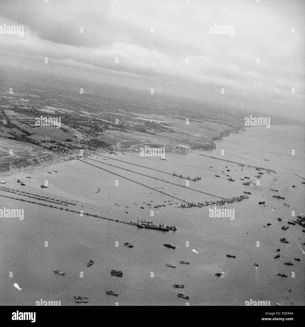 Mulberry artificial harbour off Arromanches in Normandy, September 1944. - Stock Image