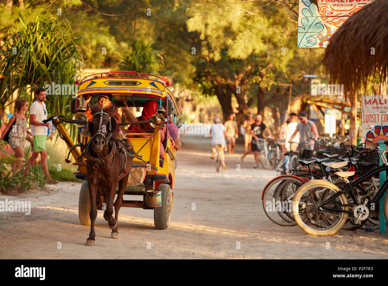 Horse carriage, Westseite, Gili Trawangan, Lombok, Indonesia - Stock Image