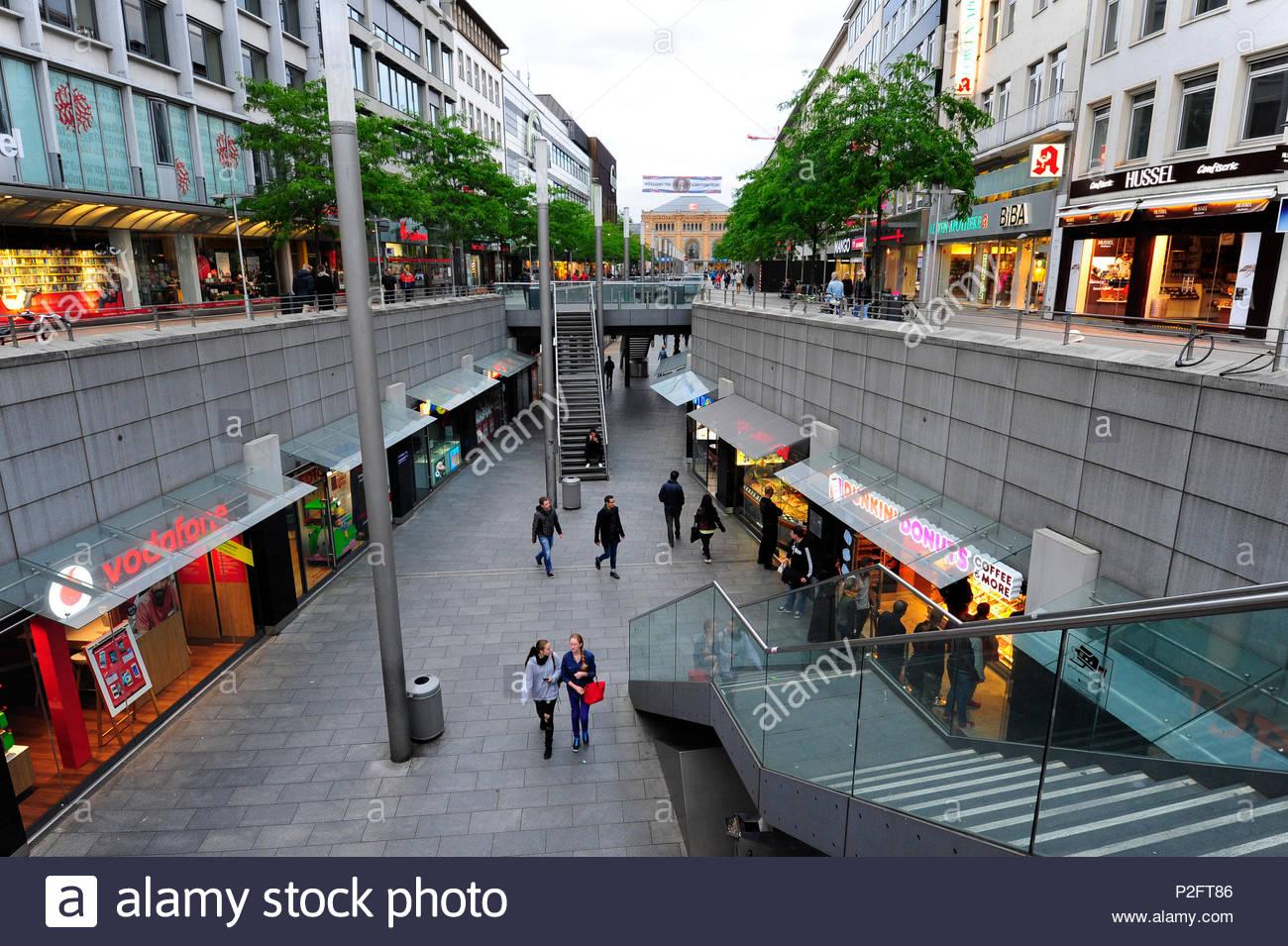 Shopping arcade, Niki-de-Saint-Phalle-Promenade, Bahnhofstrasse, Hanover, Hannover, Lower Saxony, Germany - Stock Image