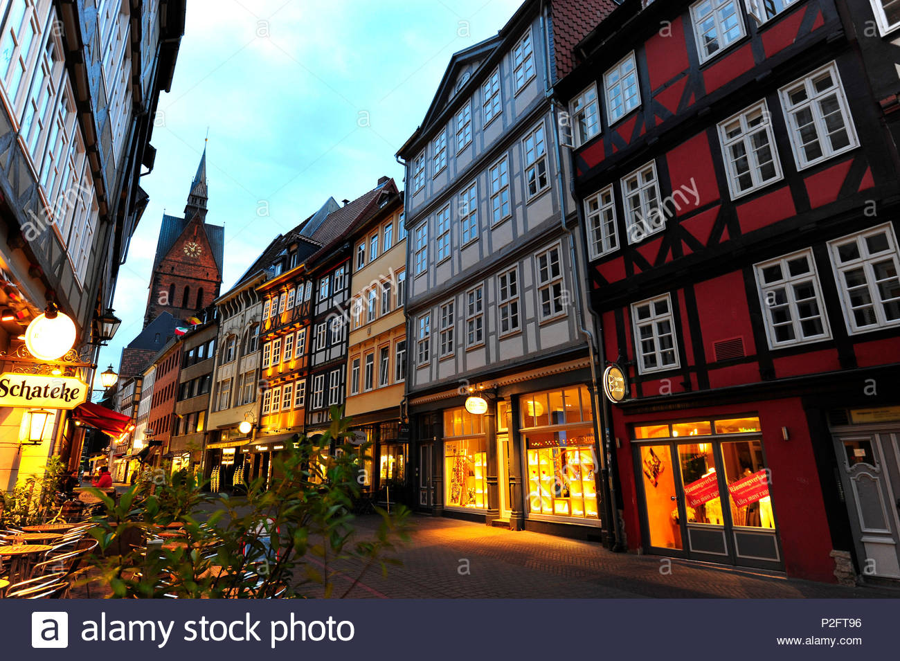Kramerstrasse in the evening, market church in the background, historic city centre, Hanover, Hannover, Lower Saxony, Germany - Stock Image