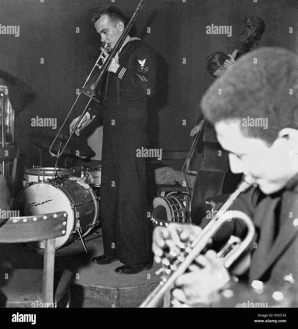 4a885dea8 Concierto de jazz en la sala Jamboree. Barcelona, principios de los ...