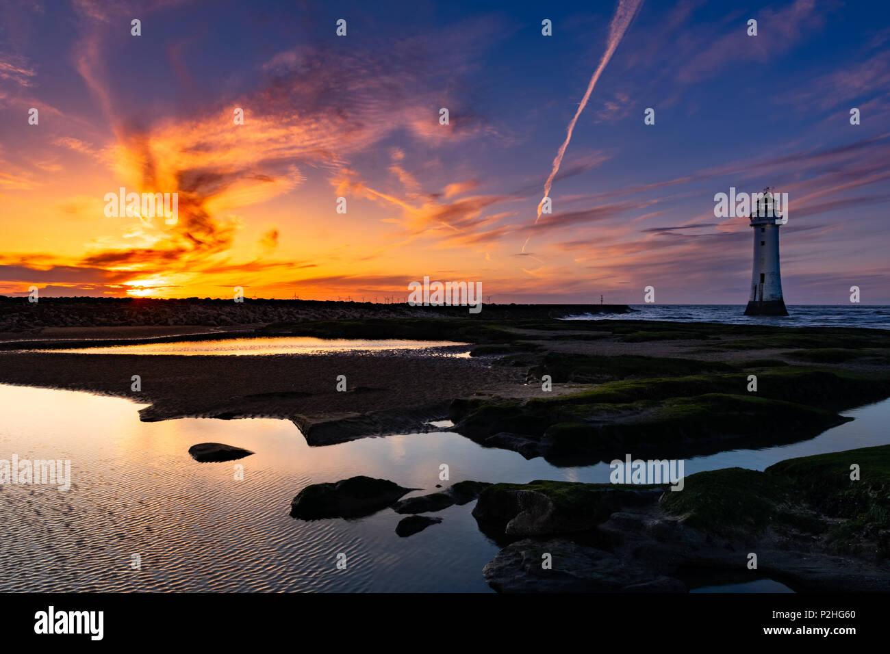 Lighthouse sunset, New Brighton - Stock Image
