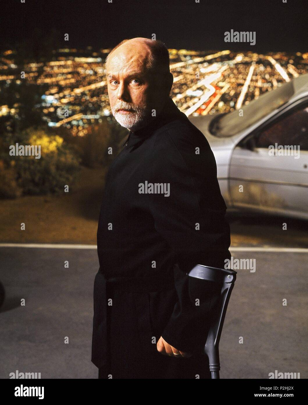 Original Film Title: CSI: CRIME SCENE INVESTIGATION-TV.  English Title: CSI: CRIME SCENE INVESTIGATION.  Year: 2000.  Stars: ROBERT DAVID HALL. Credit: CBS TELEVISION / Album Stock Photo