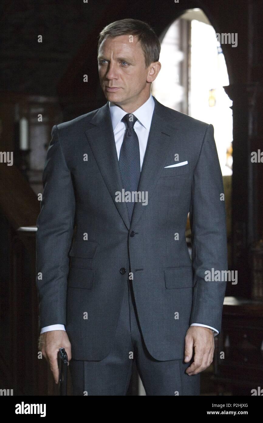 Daniel Craig James Bond Suit Stock Photos Daniel Craig