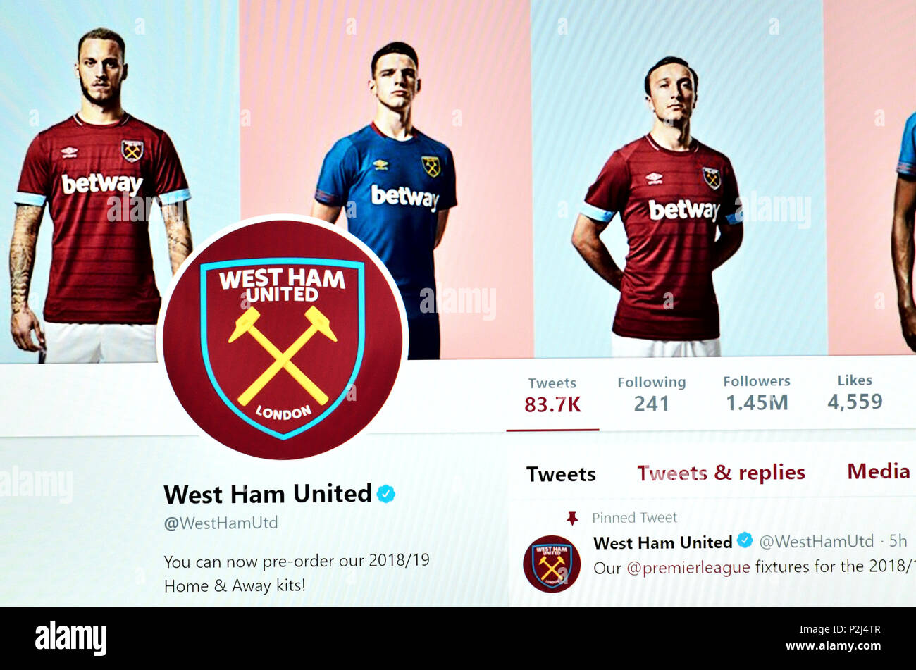 West Ham United FC official Twitter page (2018) - Stock Image