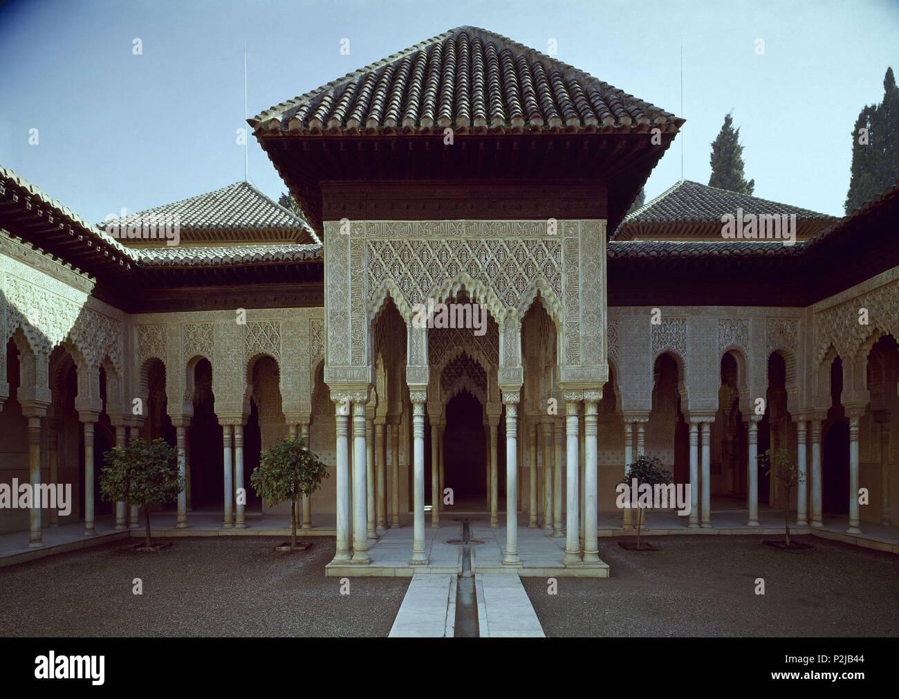 Patio Leones Templete Location Alhambra Patio De Los Leones