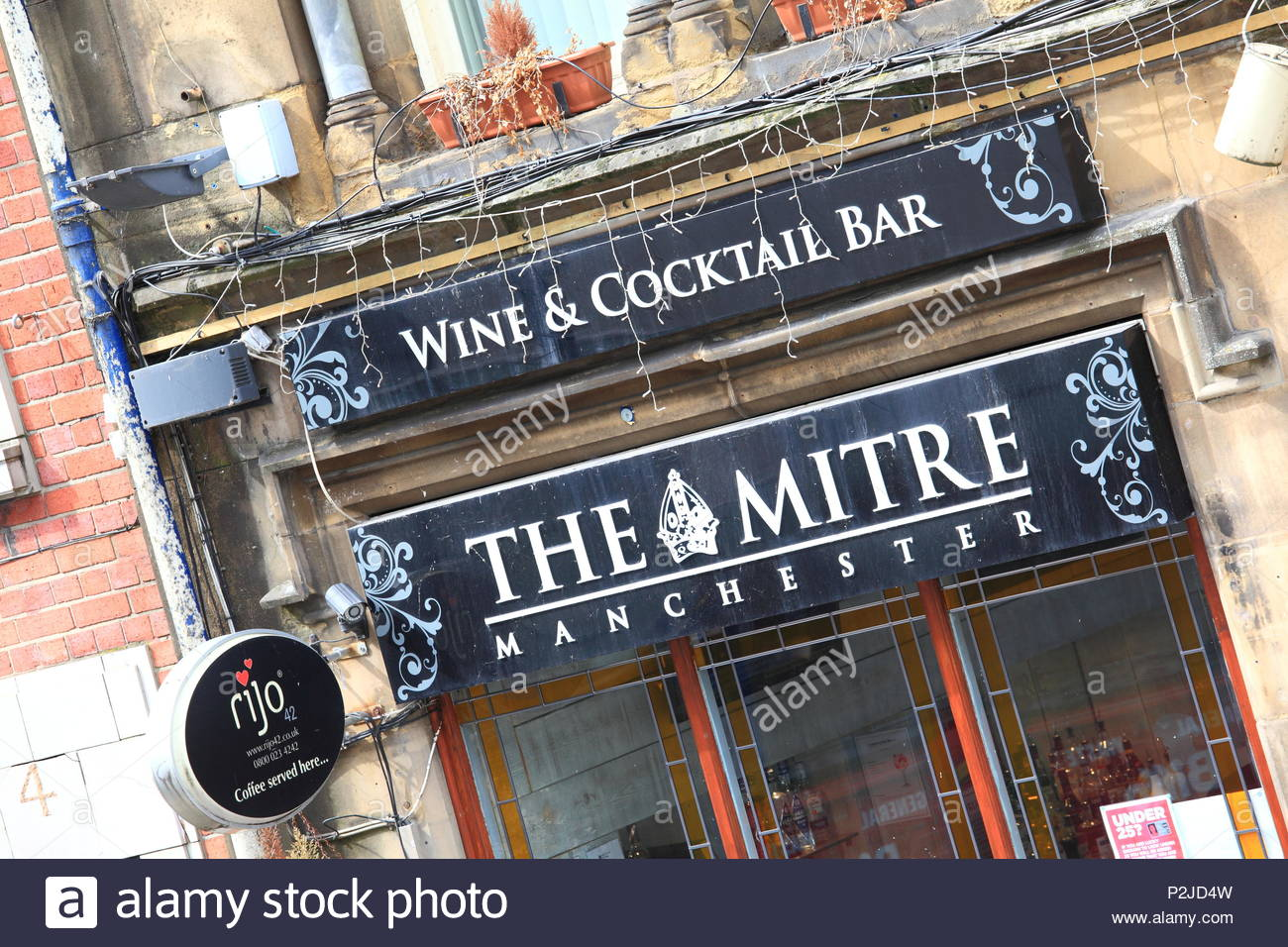 The Mitre Wine And Cocktail Bar at Manchester City Centre, Manchester UK Summer June 2018 Stock Photo