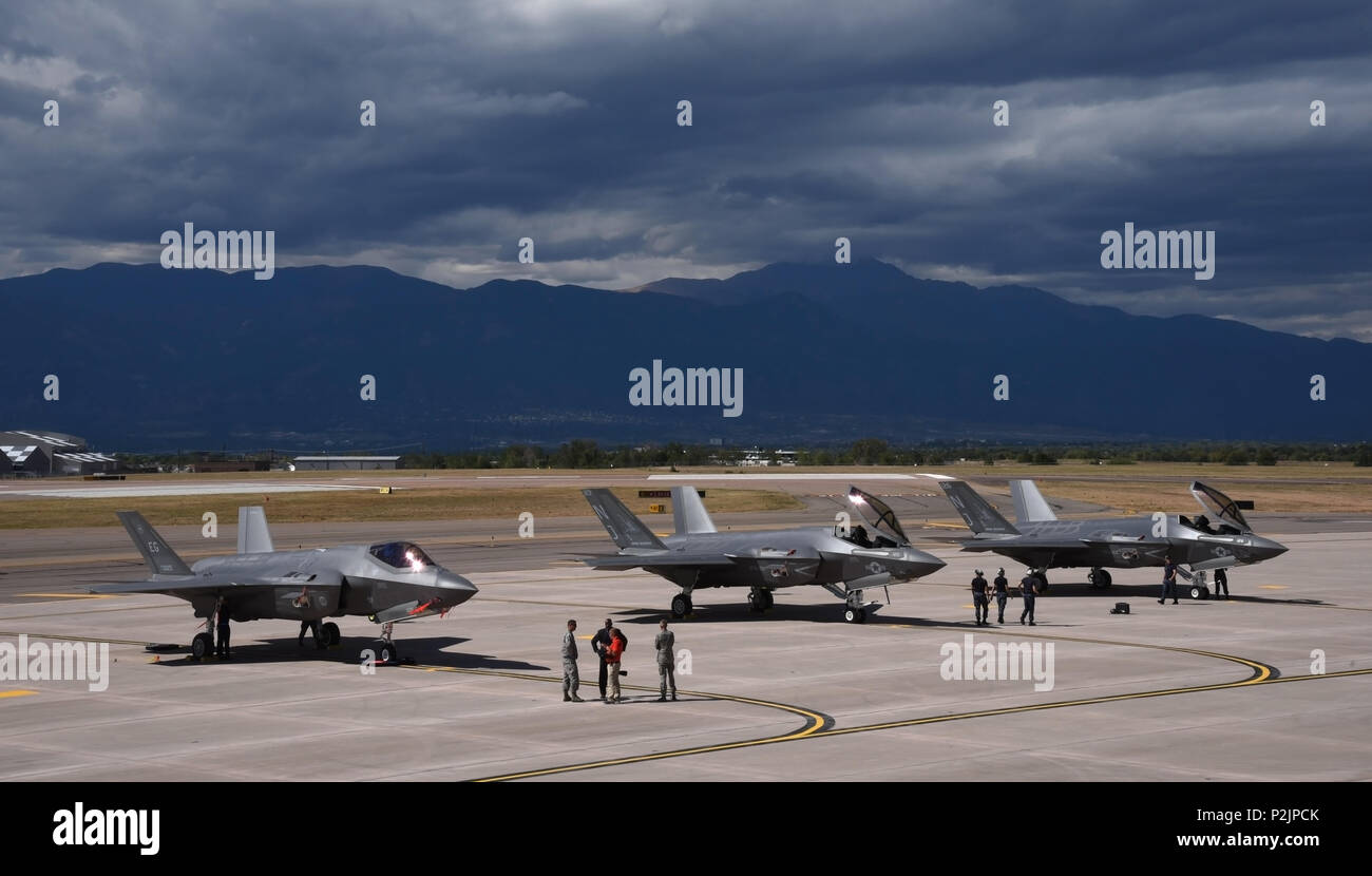 PETERSON AIR FORCE BASE, Colo  – An Air Force F-35A