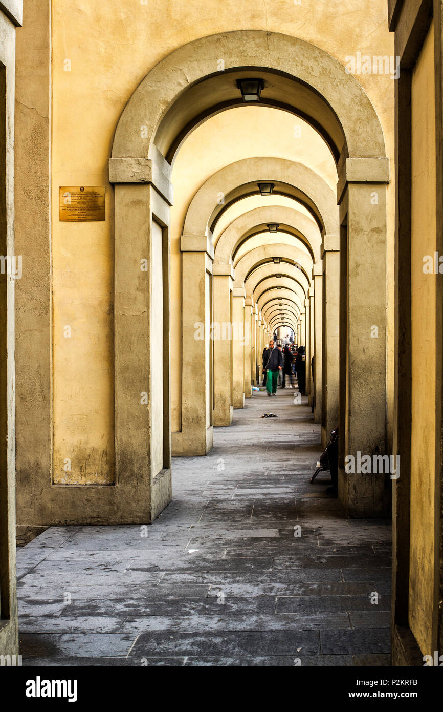 Lungarno Archibusieri Passage. Florence, Province of Florence, Italy. - Stock Image