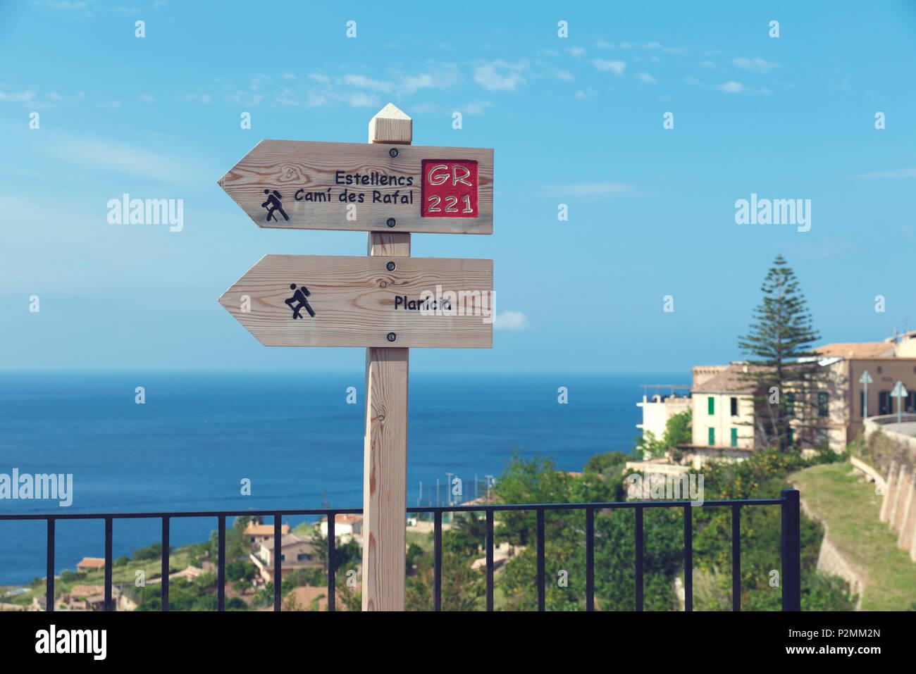 2018, 12 May, Banyalbufar, Majorca, Spain. Wooden signs for touristic routes. Banyalbufar is a small coastal village in Serra de Tramuntana Mountains  - Stock Image