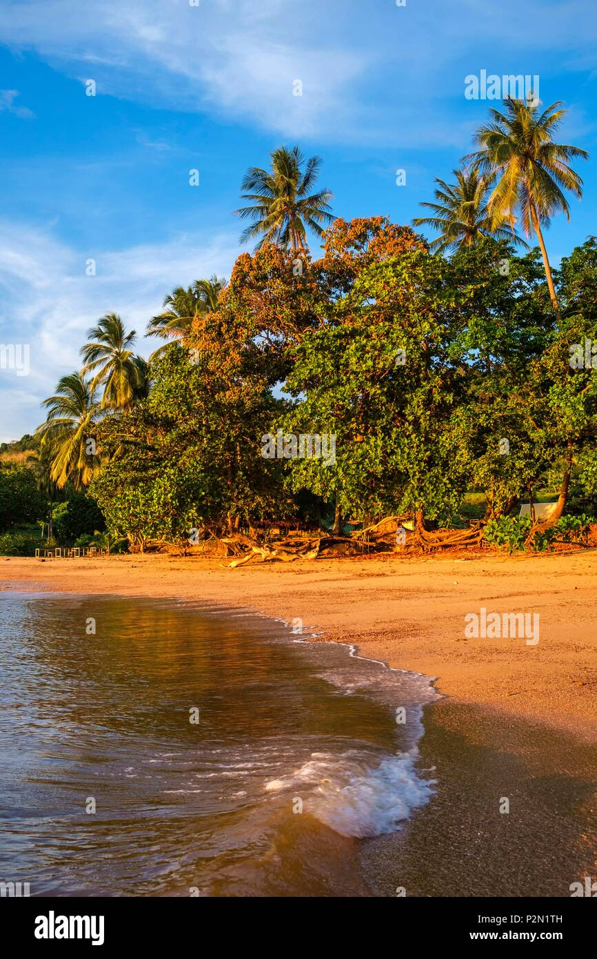 Thailand, Trang province, Ko Libong island, Haad Lang Kao beach west of the island at sunset - Stock Image