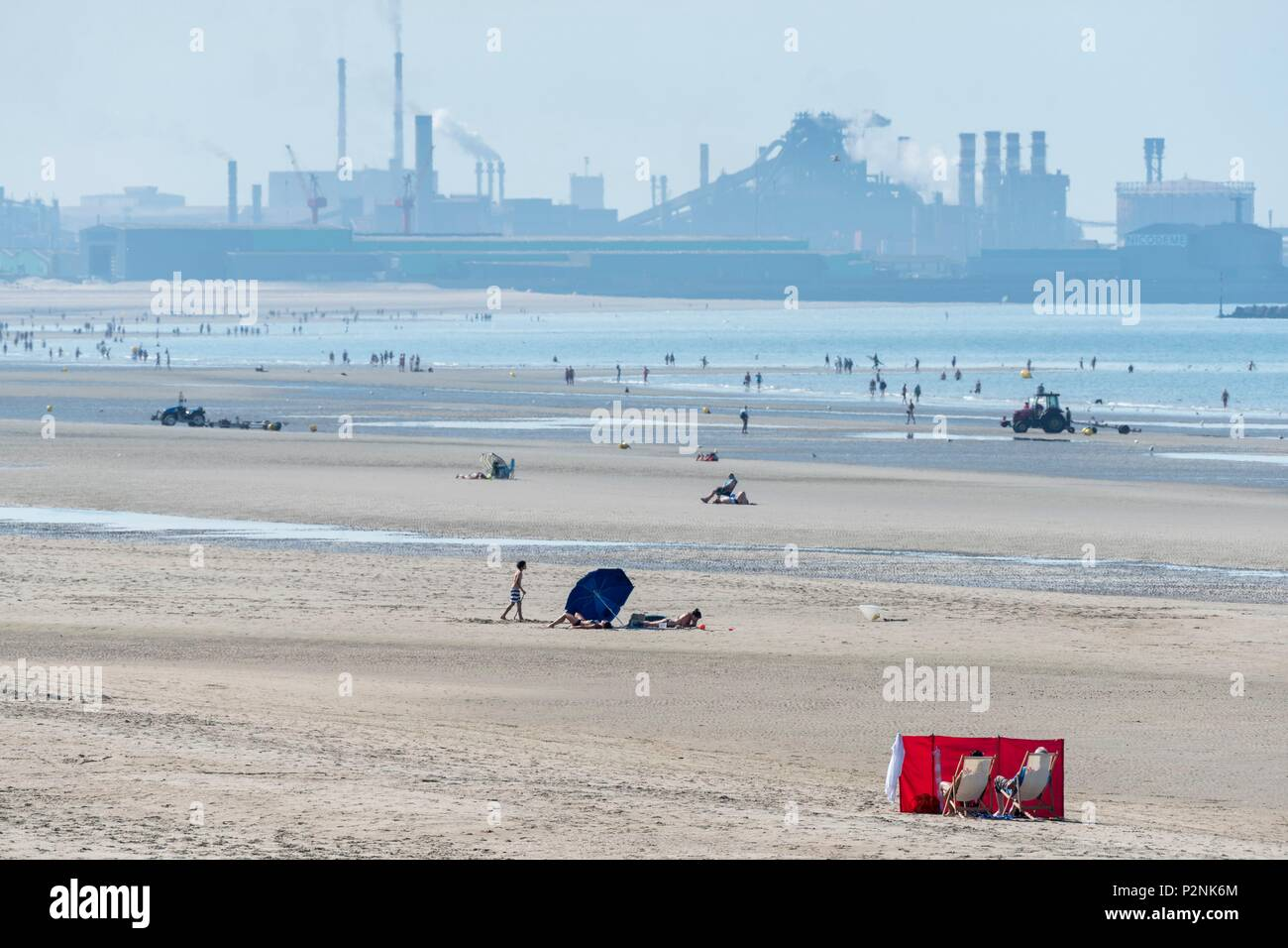 France, Nord, Dunkirk, beach of Malo les Bains and industrial facilities of the Grand Port Maritime of Dunkirk Stock Photo