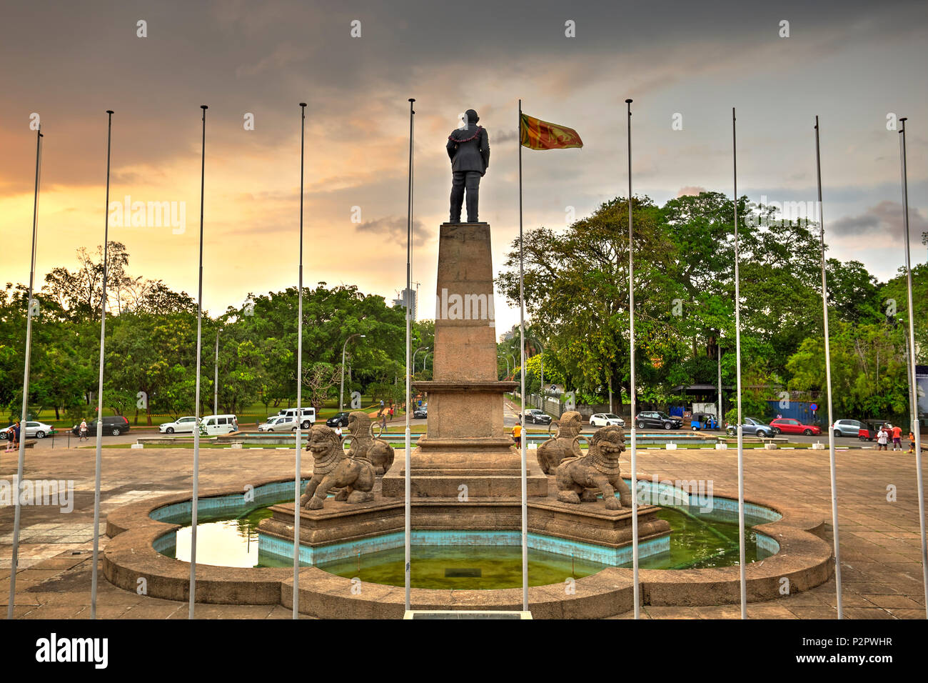 The Cinnamon square with the statue of the first Prime Minister Rt. Hon. Don Stephen Senanayake, also know as The father of the Nation. Photo taken on - Stock Image