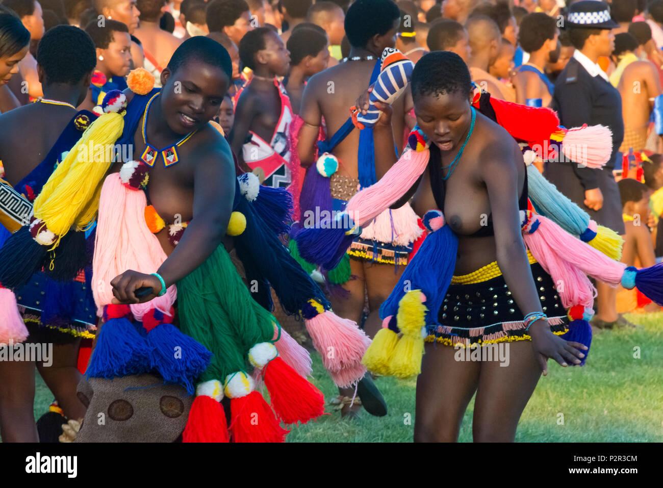 swazi girls parade at umhlanga reed dance festival swaziland rh alamy com swaziland flag swaziland currency