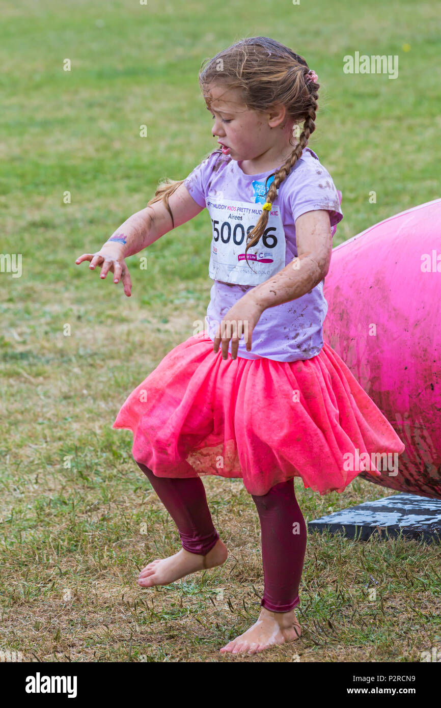 Kid Getting Muddy Stock Photos & Kid Getting Muddy Stock Images - Alamy