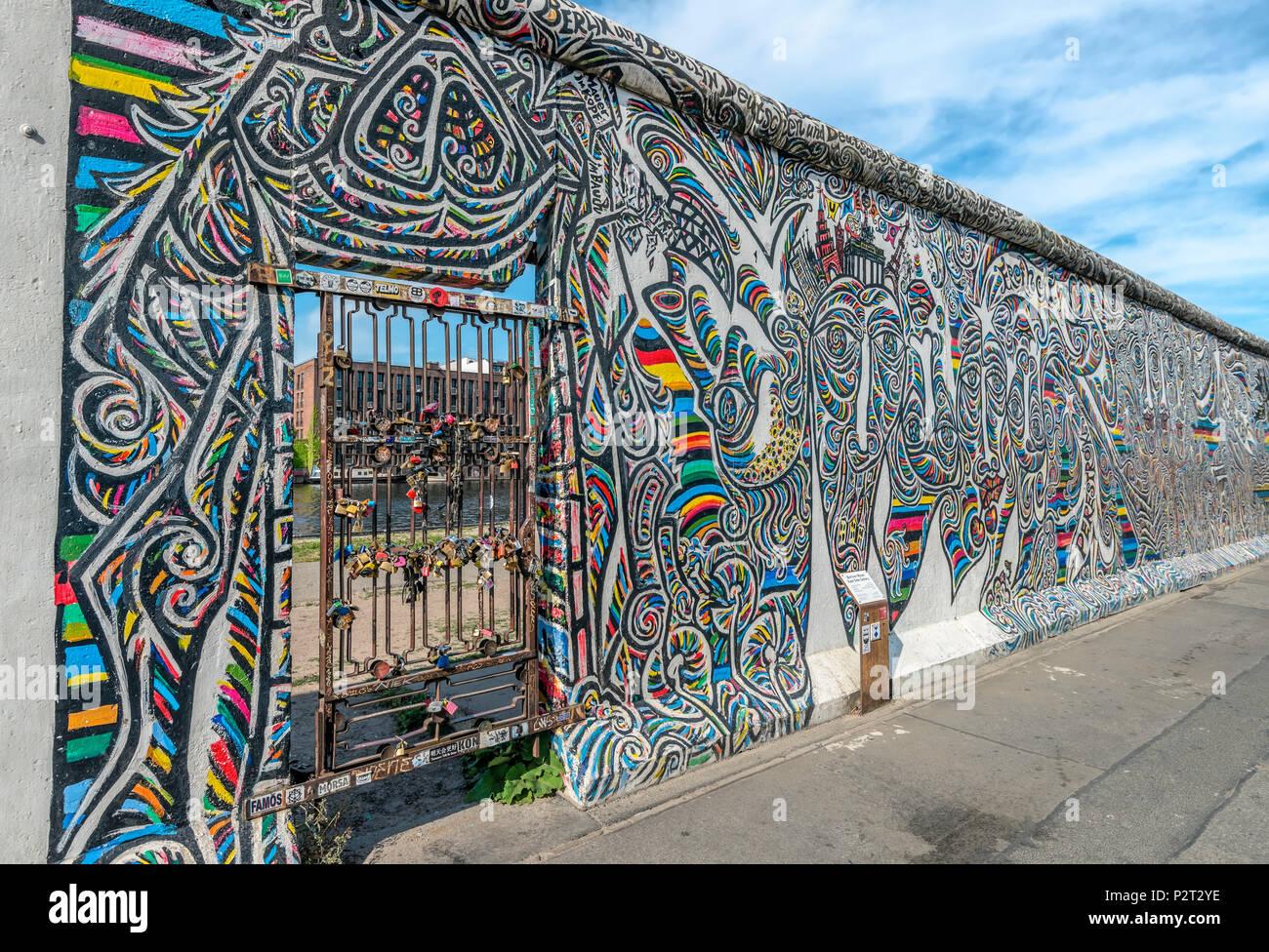 Artwork at Berlin Eastside Gallery, Germany | Kunstwerke an der Berliner Eastside Galerie, Deutschland - Stock Image