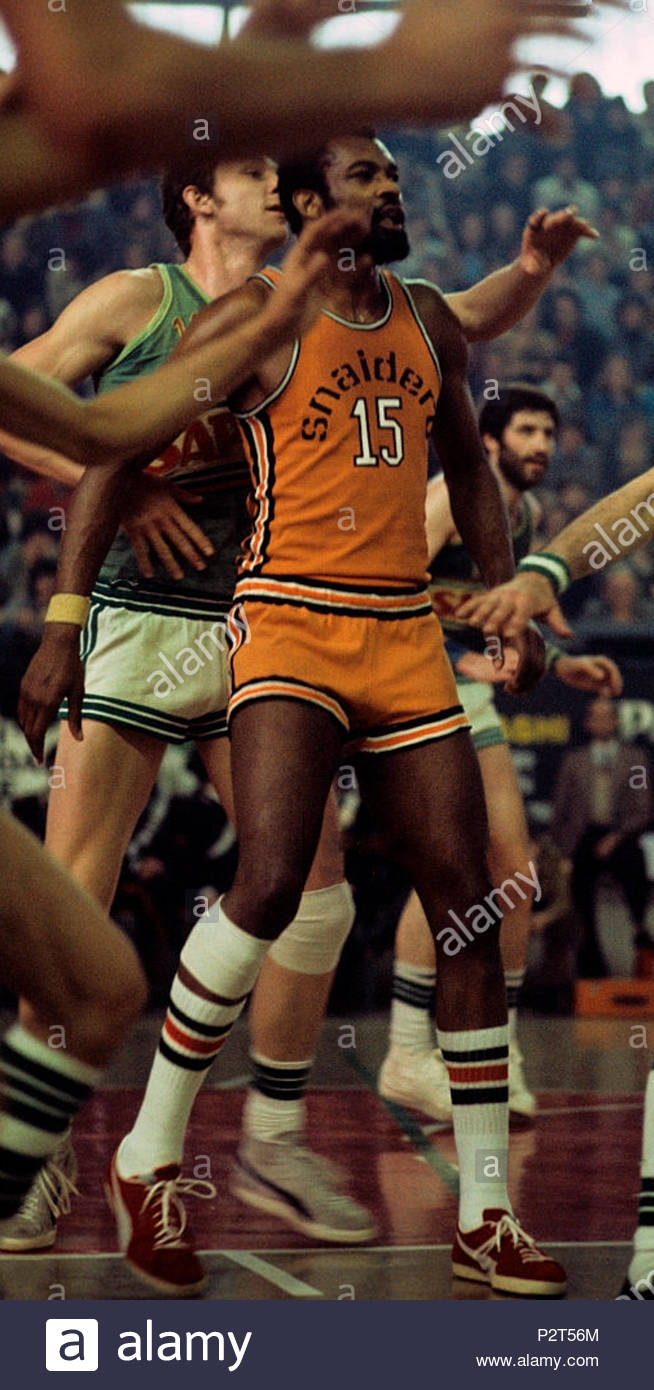 the american basketball player james ronald called jim mcdaniels