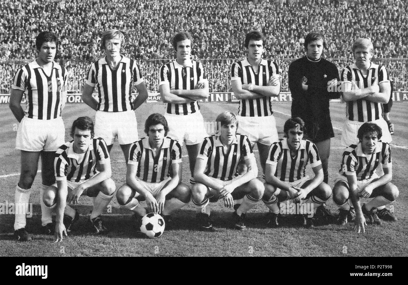 . Milan, San Siro Stadium, 31 October 1971. A line-up of Juventus F.C. took to the field in the victory away against A.C. Milan (4-1), valid for the 4th round of the Italian Championship 1971–72 Serie A. From left to right, standing: S. Salvadore (captain), F. Morini, L. Spinosi (II), R. Bettega, P. Carmignani, H. Haller; crouched: F. Capello, F. Causio, G. Marchetti, P. Anastasi, G. Furino. 31 October 1971, 14:30 UTC+1. Unknown 45 Juventus FC 1971-72 Stock Photo