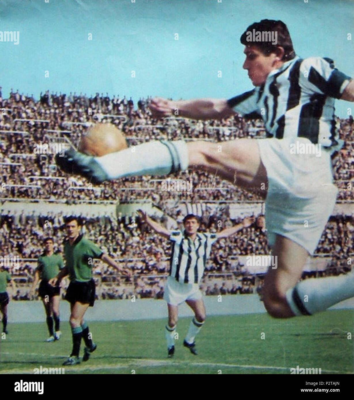 Italiano Torino Stadio Comunale 23 Aprile 1967 Il Centrocampista