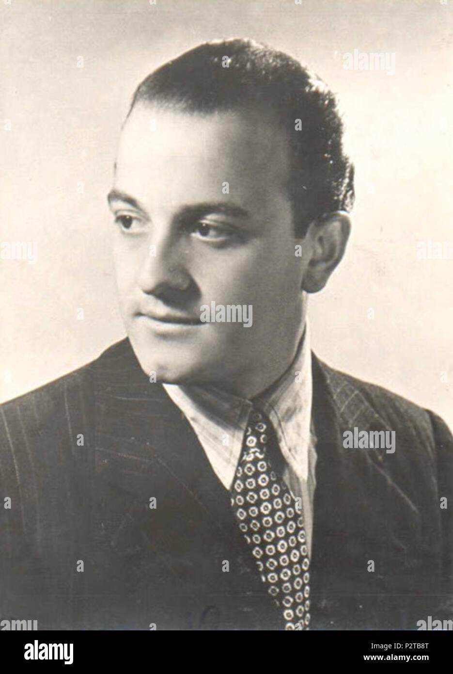 . Publicity postcard of Gianni Ravera, Italian singer, entrepreneur, festival organizer and record producer. 1940s. Unknown 34 Gianni Ravera anni 40 Stock Photo
