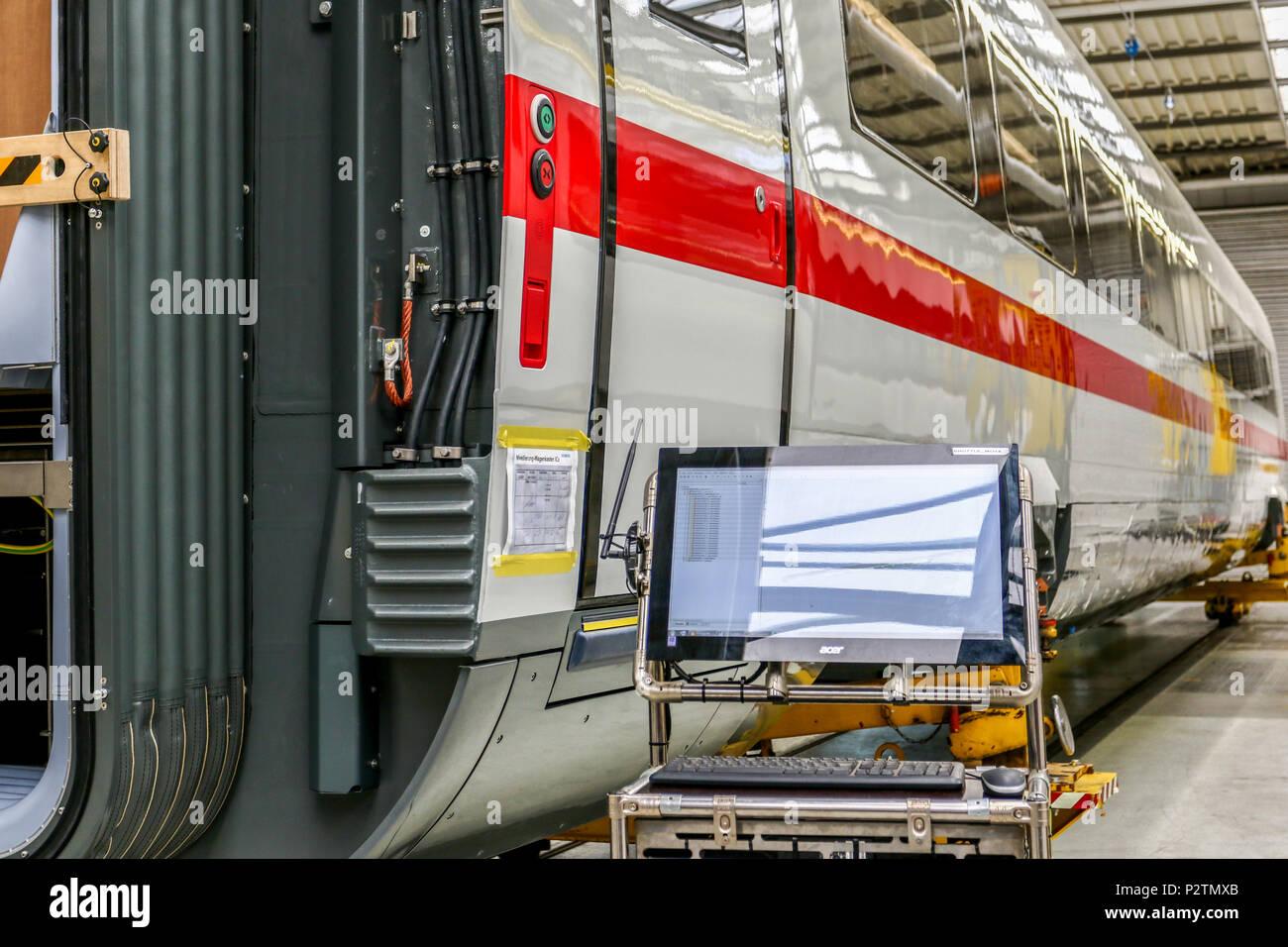Krefeld, 13. Jun 2018 - Im Siemens-Werk Krefeld-Uerdingen werden derzeit zahlreiche Antriebswagen fuer die aktuelle ICE-Generation der Deutschen Bahn produziert. - Stock Image