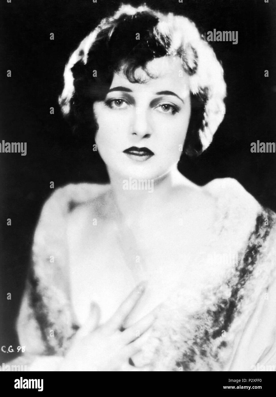 Rhea Durham,Jean Bell Adult gallery Stacy-Ann Gooden,Annabelle Huggins (b. 1943)