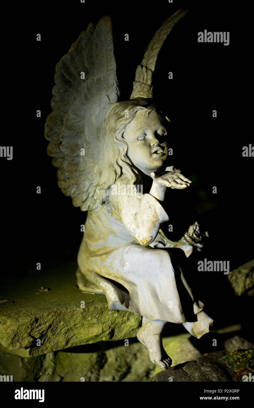 Fairy Statue Garden Stock Photos & Fairy Statue Garden