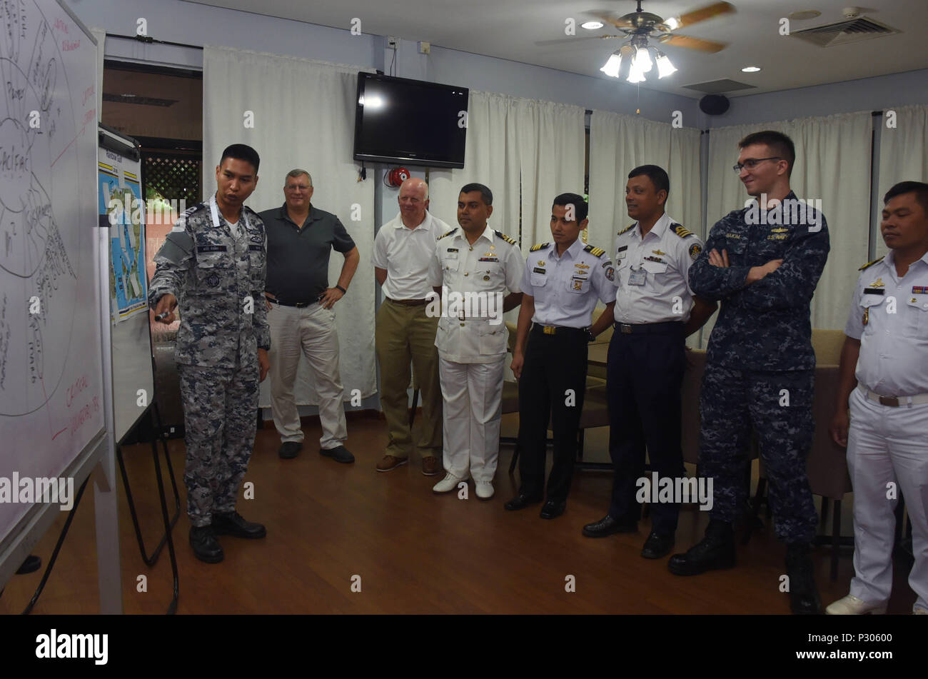 Singapore Navy Officers Stock Photos Tendencies Long Pants Rigid Chinos 26 160818 N Wj640 018 Aug 16 2016 Liaison