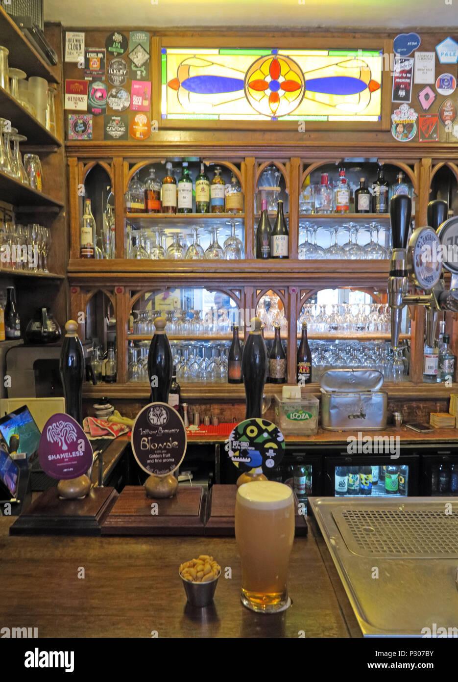 PI bar, Altrincham, Trafford, Greater Manchester, North West England, UK - Stock Image