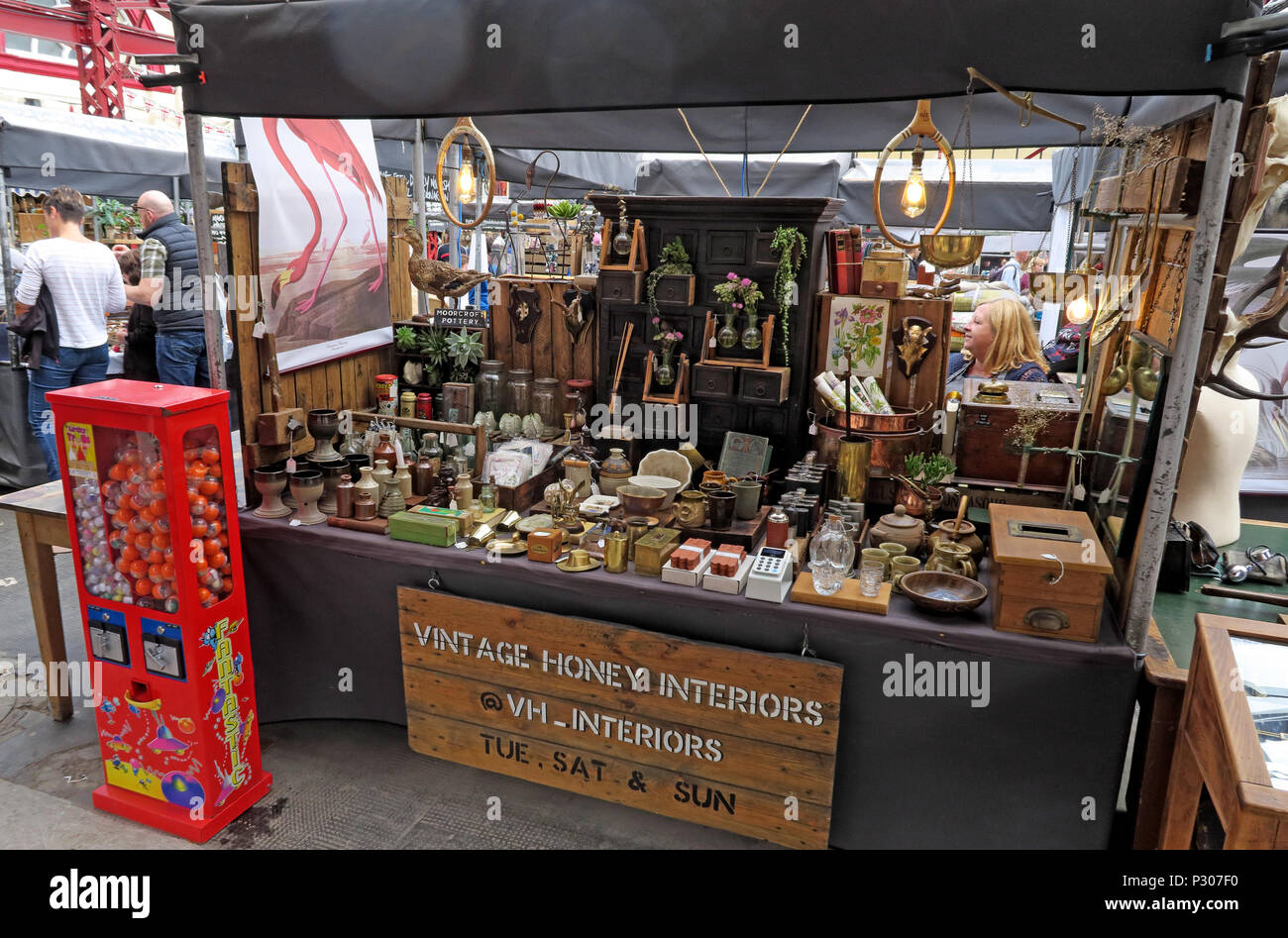 Altrincham Market House, Vintage Honey Interiors Stall, Trafford, Greater Manchester, North West England, UK - Stock Image