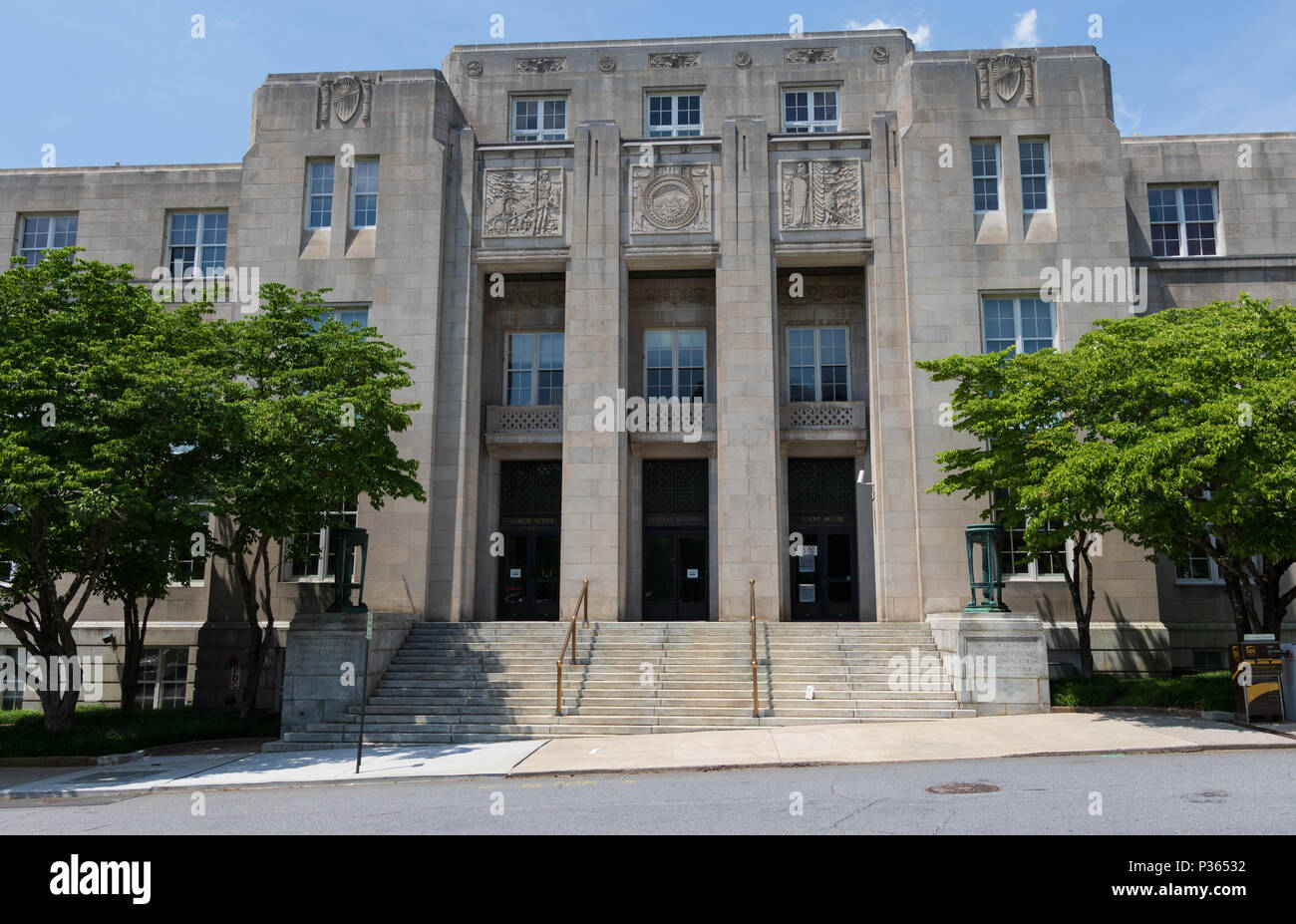 ASHEVILLE, NC, USA-10 JUNE 18:  The federal courthouse on Otis St. in downtown Asheville. - Stock Image