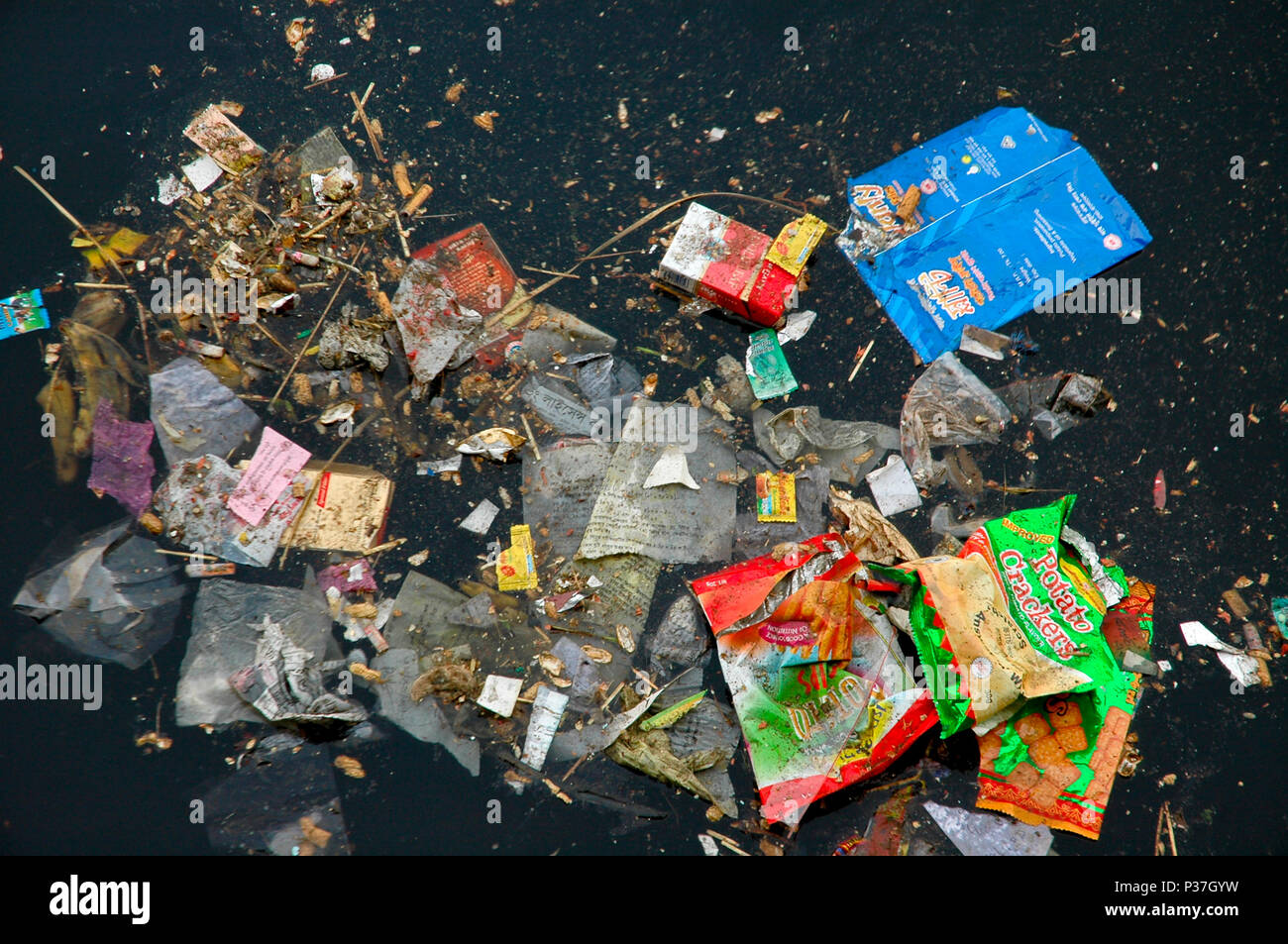 Polluted Buriganga river with full of rubbish. Dhaka, Bangladesh. - Stock Image