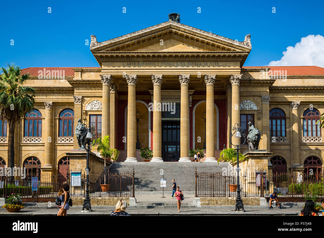 View of the Teatro Massimo in Palermo, Sicily, Italy - Stock Image