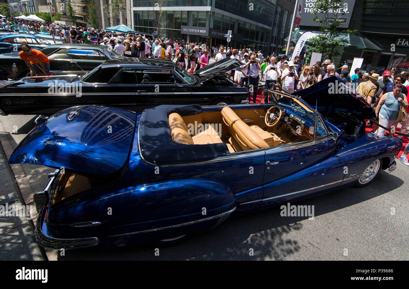 Toronto Canada 17th June 2018 People Visit The 2018 Yorkville