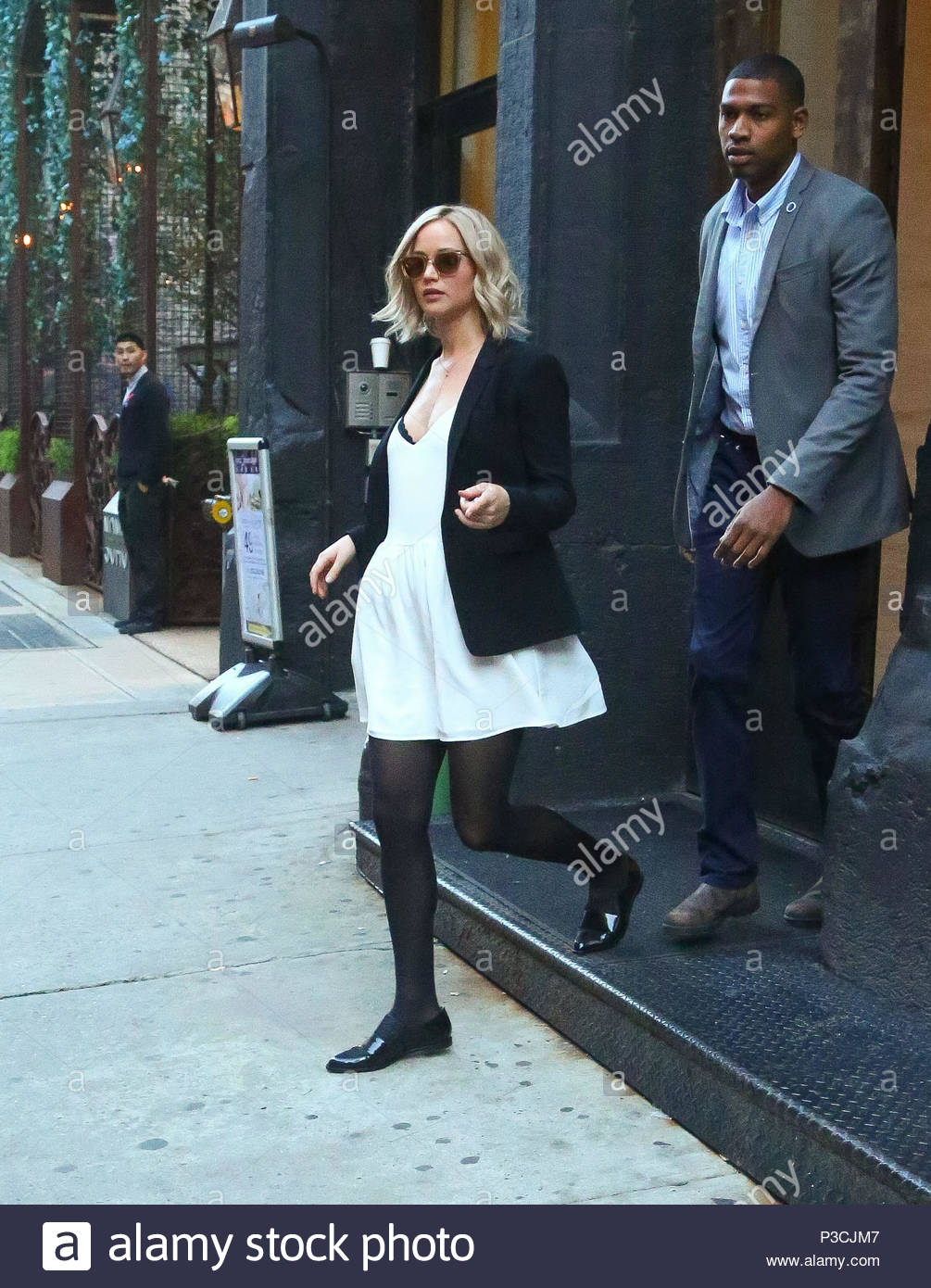 Jennifer lawrence mandatory byline to read infphoto only jennifer lawrence leaving a furniture store in soho in new york city after making an outfit change for her interview with diane sawyer voltagebd Image collections
