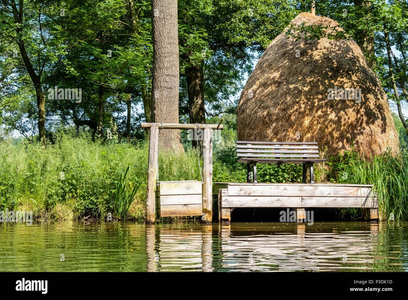 Spreewald Biosphärenreservat  traditioneller Heuschober - Stock Image