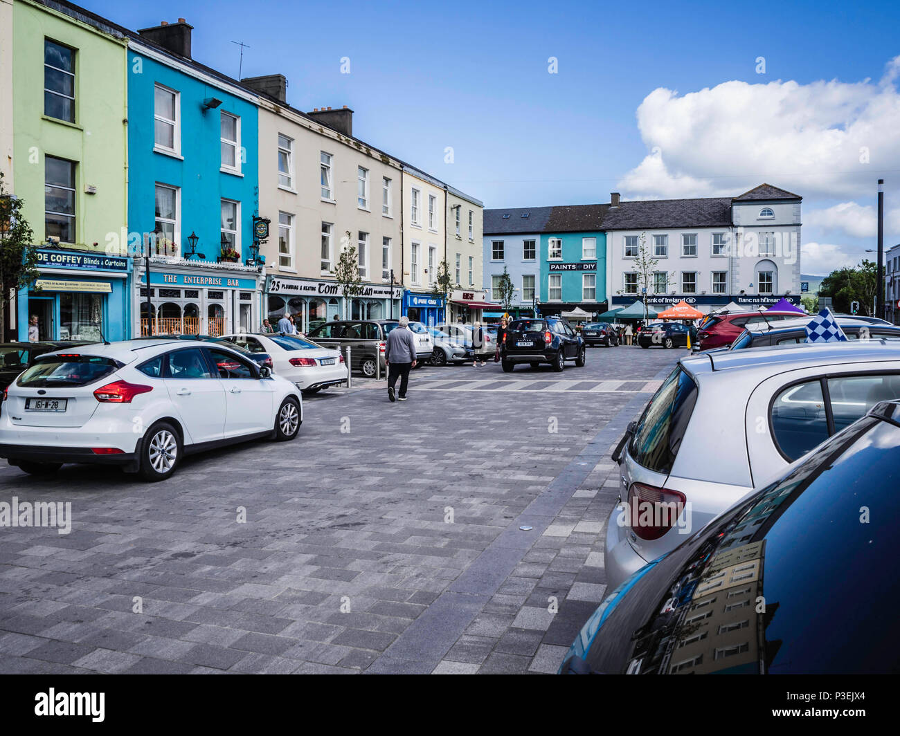 292b5030ee73e Grattan Square, Dungarvan Stock Photo: 208690556 - Alamy