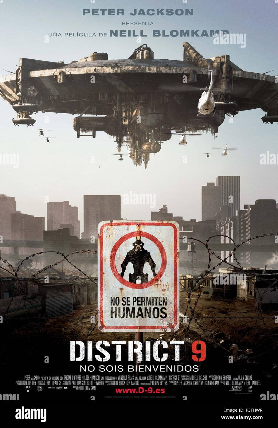 Original Film Title: DISTRICT 9.  English Title: DISTRICT 9.  Film Director: NEILL BLOMKAMP.  Year: 2009. Credit: WINGNUT FILMS / Album - Stock Image