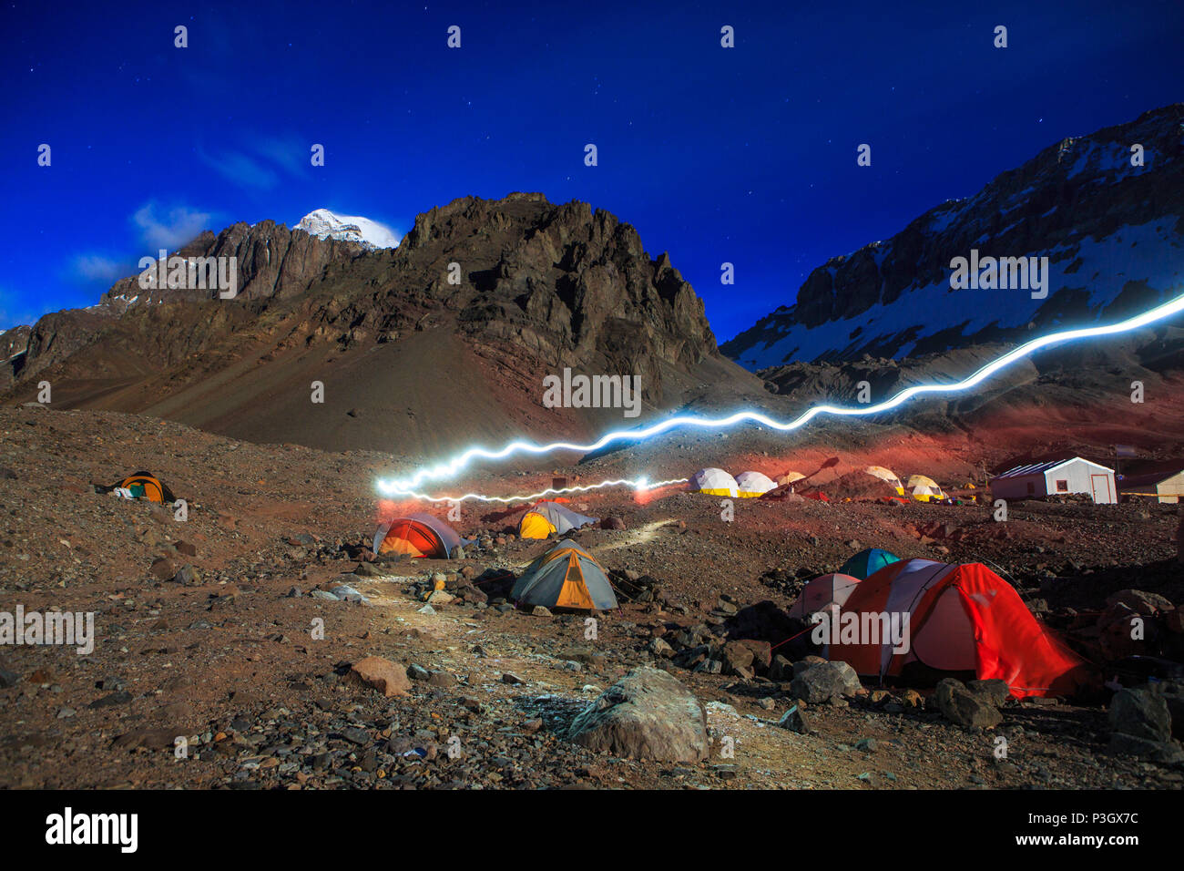 Base camp tents at Plaza de Argentina beneath Aconcagua, Mendoza, Argentina - Stock Image