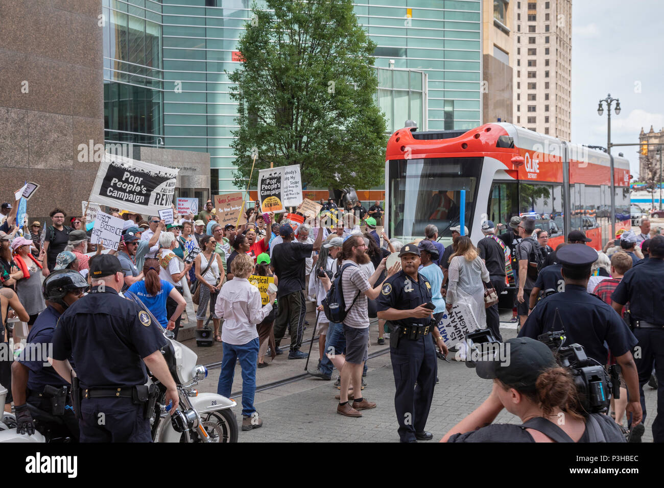Detroit Michigan Usa 18 June 2018 Several Hundred People Rallied In Detroit To Support The Poor