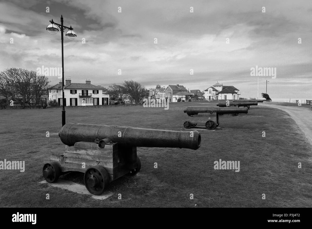Canons at Gun Hill, promenade, Southwold town, Suffolk County, England, UK - Stock Image