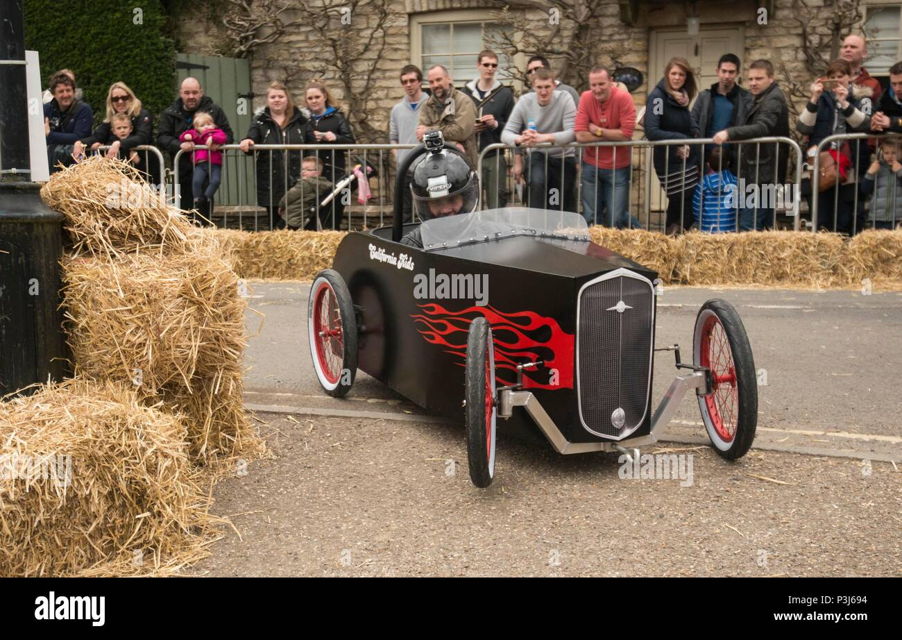 Wacky Races take place in Tetbury, run by the Lions Club 02/05/2016 - Stock Image