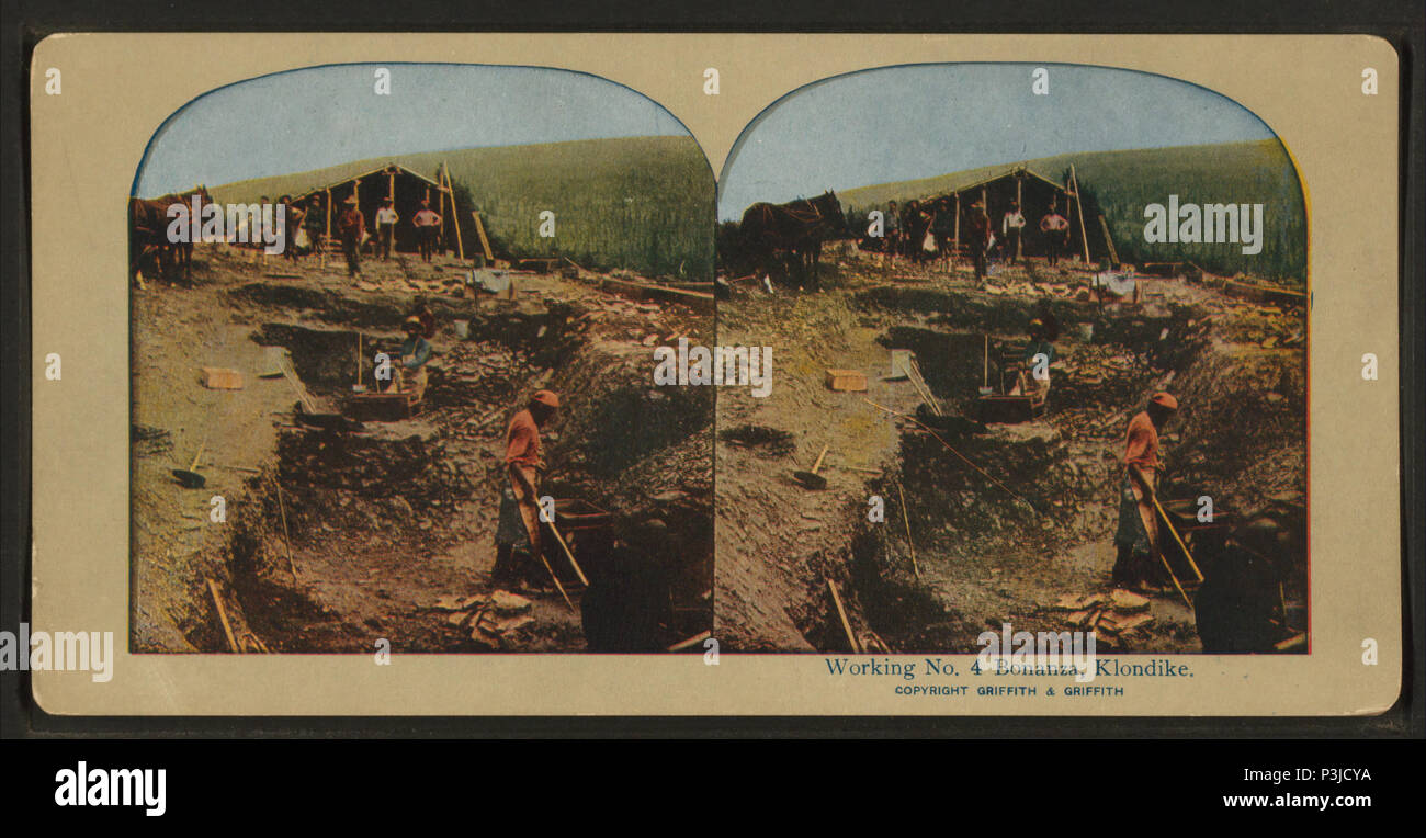 386 Working No. 4 Bonanza, Klondike, from Robert N. Dennis collection of stereoscopic views 3 Stock Photo