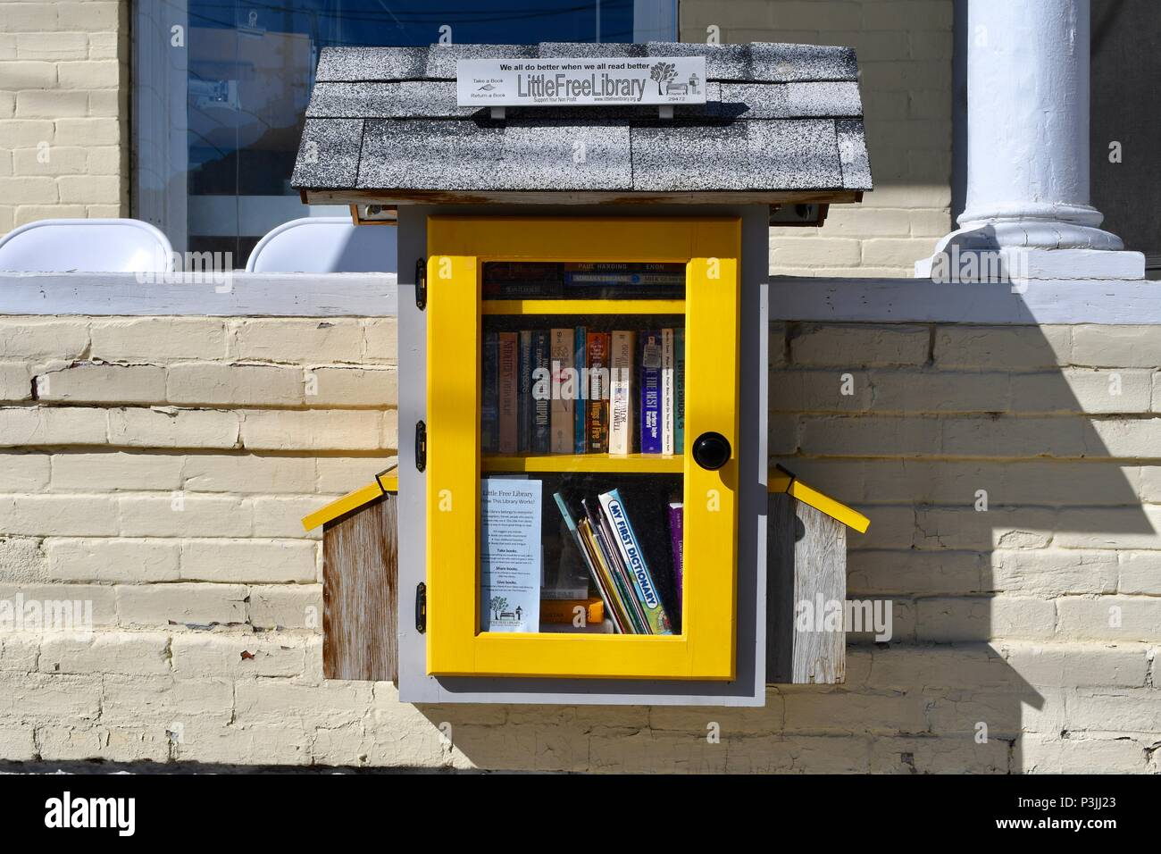 Little Free Library book box in Salida - Stock Image