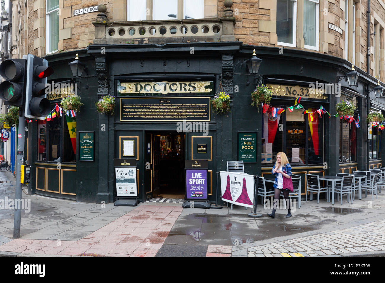 ' Doctors ' Pub restaurant, Edinburgh old town, Edinburgh, Scotland UK - Stock Image