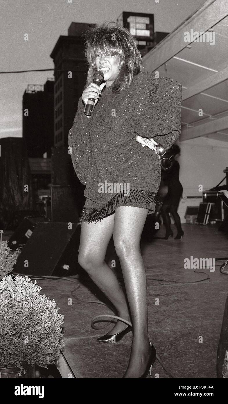 """The Day Mary Wilson of """"The Supremes"""" Rocked Wilkes Barre Pennsylvania's Public Square! Super Star Mary Wilson of Motown Record""""s """"The Supremes"""" visited Wilkes Barre's Fine Arts Fiesta in 1991.She Shocked & Rocked--arguably the largest crowd in Fiesta history.  Mary Wilson was simply Rockin' the place.Mary Wilson, of the Supremes, was giving them everything they had hoped for.The faces in the crowd displayed overwhelming admiration for this former Motown Star. Could one women totally capture the hearts and souls of so so many people? The answer was """"You bet your Sweet Supremes she could"""" Stock Photo"""