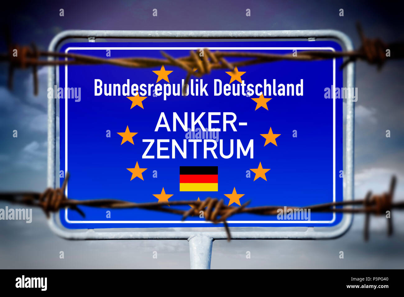 Sign with the inscription anchor Center, Schild mit der Aufschrift Ankerzentrum Stock Photo