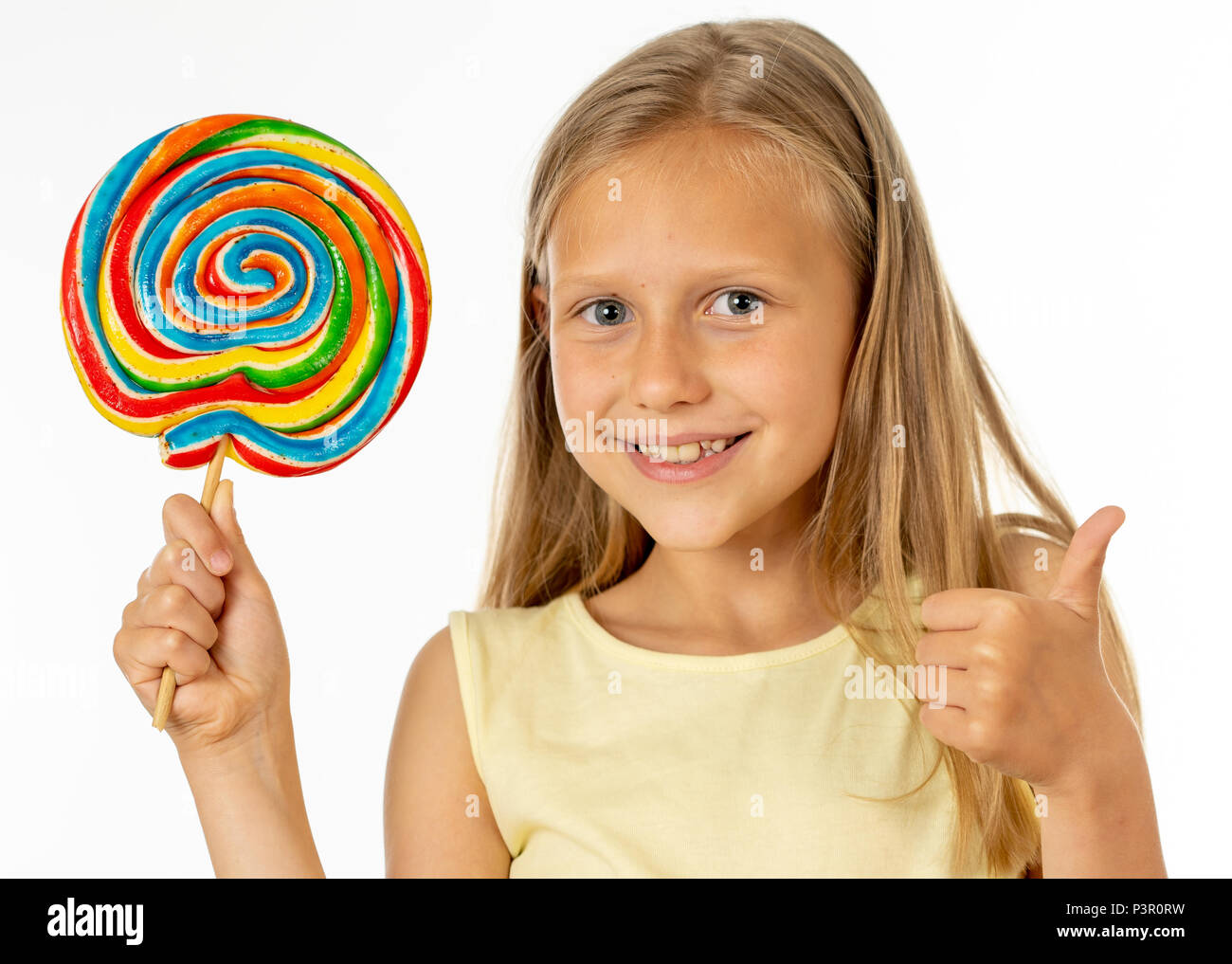 how to eat a lollipop